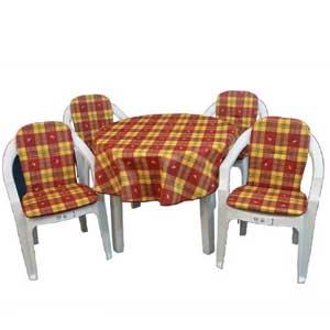 Pentru scaune și mese